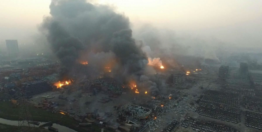 tianjin-great-explosion-explosion-should-be-how-to-save-ourselves-02