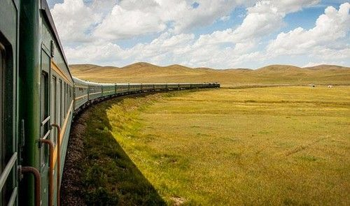 exit-strategies-china-most-strong-train-take-the-train-to-abroad-08