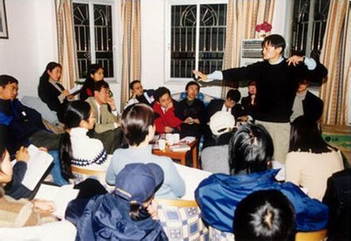 zhong-guo-di-yi-dai-hu-lian-wang-chuang-ye-zhe-you-na-xie-06